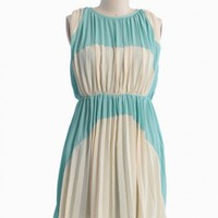 lovely rhapsody colorblocked dress in cream