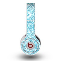 The Light Blue Paisley Floral Pattern V3 Skin for the Original Beats by Dre Wireless Headphones