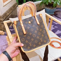 Louis Vuitton LV large-capacity shopping bag female bag casual all-match single shoulder bag
