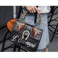 Bee 2018 catwalk show bamboo bag retro embroidered handbag tide shoulder Messenger bag Black