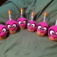 Five Nights At Freddy's: The Cupcake