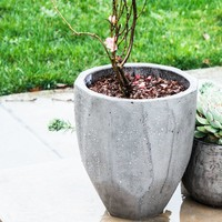 Hollister Composite Pot Planter