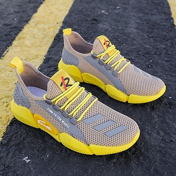 Men's Lightweight Running Shoes Summer Ultra-light Breathable Sneakers Zapatos De Mujer Walking Shoes Boys Sneakers Size 39-44