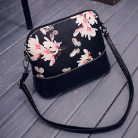 Women Printing Shoulder Bag PU Leather Purse Satchel Messenger Bag Vintage Designer Graffiti Butterfly Girl Bolso CF