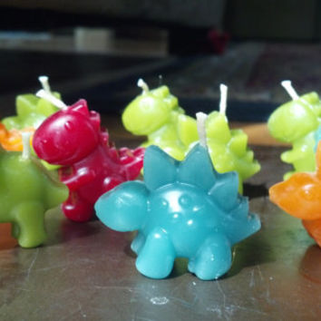 Beeswax Birthday Candles, Dinosaur 4-Pack Giftboxed