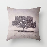 Southern oaks Throw Pillow by Guido Montañés
