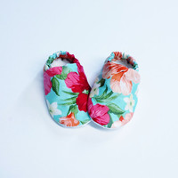 Handmade Soft Cloth Baby Moccs / Moccasins / Booties / Crib Shoes Mint Coral Peach Pink Floral Flowers