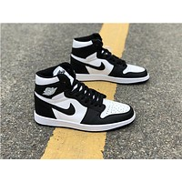 Air Jordan 1 Retro High OG Black/White