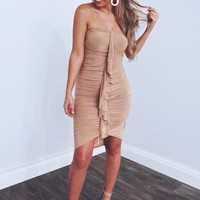 So Chic Dress: Nude