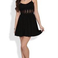 Daisy Embroidered Dress with Illusion Waist