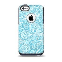 The Light Blue Paisley Floral Pattern V3 Skin for the iPhone 5c OtterBox Commuter Case