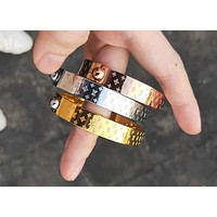 LV Louis Vuitton Hot Sale Fashionable Women Men Chic High End High Quality Stainless Steel Bracelet