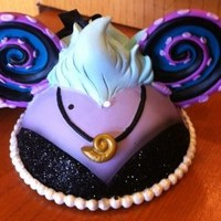 Disney Ursula Mickey Mouse Ears Hat Limited Edition Ornament