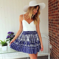White condole belt print dress