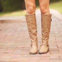 Full of Envy Boots Taupe
