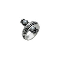 Cloud Reflection Sterling Silver White Pearl Spinner Ring