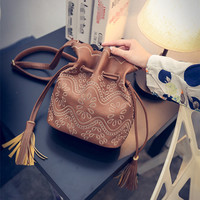 Cross Body Drawstring Bucket Bag Hobo Bag with Tassel