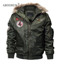 ABOORUN Men's Fashion Bomber Jacket with Fur Collar Military Thick Fleece Hooded Jacket Men's Winter Coat Parka W4040
