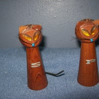 Vintage Wood Japanese Cat Salt and Pepper Shakers
