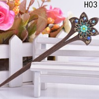 Hot Sale Fashion Chinese Traditional Womens Wooden Beads Clasps Hairpin Classical Lady Hair Stick