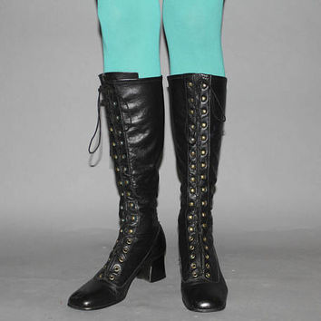 Vintage 60s BLACK LEATHER GOGO Boots / Lace Up Mod Boots / Below the Knee / Love Witch Groovy Festival / Size 8 us, 38.5 eu, 6.5 aus, 5.5uk