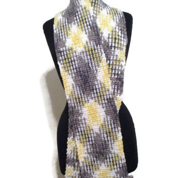 Argyle planned pooled crochet scarf in yellow, white and grays