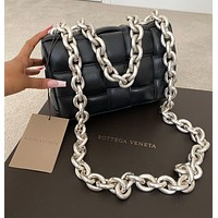 Bottega Veneta cassette Chain Leather Shoulder bag