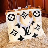 Louis Vuitton LV Autumn Winter Popular Women Shopping Fur Handbag Satchel Crossbody Shoulder Bag White