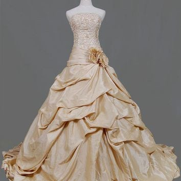 A-line Strapless Cathedral Train Ta.. on Luulla