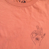 Organic psychedelic hand short sleeved tee