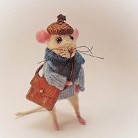 Felted Mouse , Art Doll , Needle Felting Animal , Wool Sculpture , Miniature Doll , Eco-friendly , Christmas Decoration
