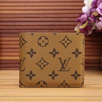 LV Louis Vuitton Classic Plaid Letter Print Hot Selling Fashion Short Wallet for Men and Women Card Holder Coin Purse 1