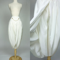 1980s white palazzo pants, high waist genie gaucho short capri pants, small to medium 6 to 8