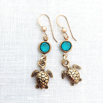 Sea Turtle Earring, Gold Turtle, Sea Life Jewelry, Honu Beachy, Cute Animal, Dangle Earrings, 593
