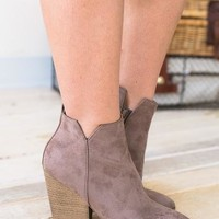Install Basic Brown Bootie