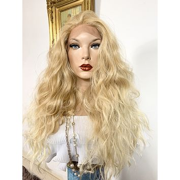 """MALIBU BLONDY. Perfect wavy hair lace front wig 22"""" long Undetectable + Natural layers + Rotating parting 613/27 FABULOUS"""