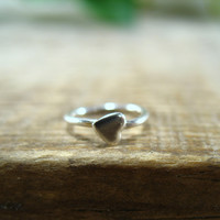 Deco Hoop Tiny Sterling Silver Hearts Single