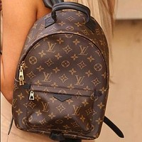 Louis Vuitton LV Fashion Daypack retro large-capacity zipper backpack men and women fashion shoulder bag duffel bag school bag