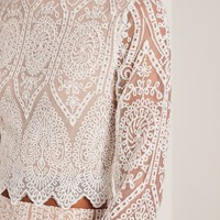 Missguided - White Lace Flare Sleeve Crop Top
