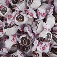 Cinnamon Roll Salt Water Taffy 1/2 lb