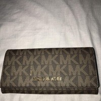 DCCKB7E Genuine Michael Kors Purse - Brand New