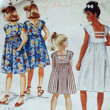 Sundress Girls Loose Summer Dress sewing pattern empire bodice smock pullover open back details vintage 80s girls size 10 easy McCall's 2435
