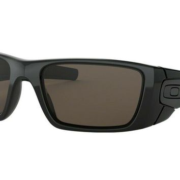 Amazing Oakley Fuel Cell 9096-01 Sports Sailing Cycling Surfing Golf Sunglasses