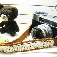 camera strap / simple lace  / 3 camel