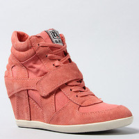 The Bowie Sneaker in Peach Suede Canvas