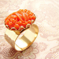 vintage coral glass gold ring