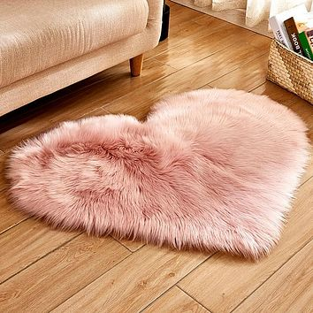 Carpet Bedroom Floor Mat Love Heart Rugs Artificial Wool Hairy Carpet Faux Floor Mat Fur Plain Fluffy Area