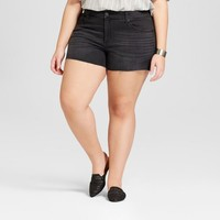 Women's Plus Size Midi Jean Shorts - Universal Thread™ Black