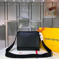 LV Louis Vuitton MEN'S Damier Infini Leather CROSS BODY BAG