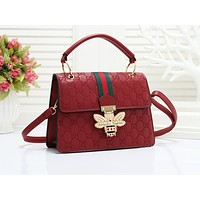 GUCCI fashionable embossed striped single shoulder bag hot seller of casual ladies shopping bag #2